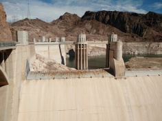 hoover_dam_river