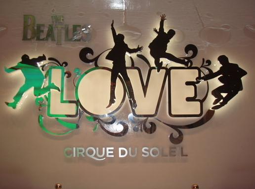 lasvegas_lovebeatles_logo