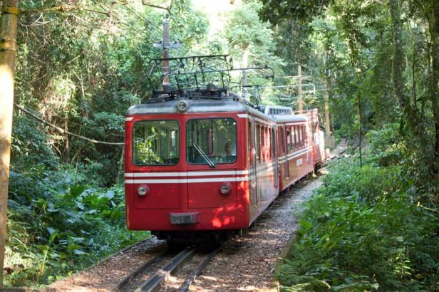rio_de_janeiro-corcovado_trem