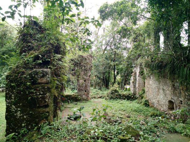 ubatuba-ruinas_da_lagoinha_dentro