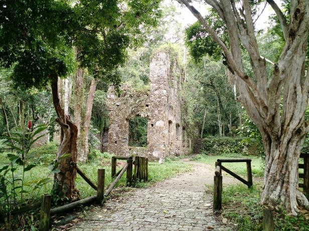 ubatuba-ruinas_do_lagoinha
