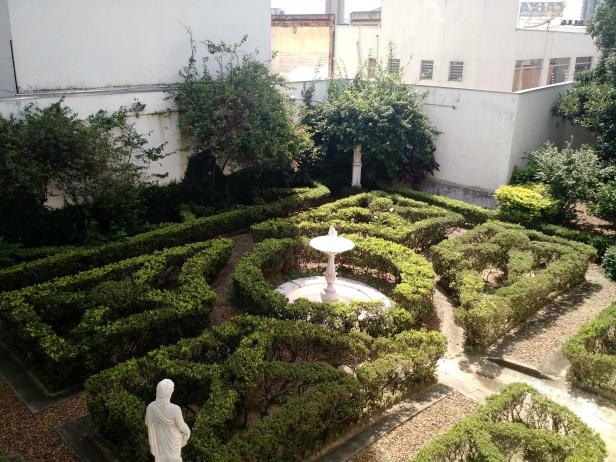 itu_sao_paulo-museu_republicano_jardim